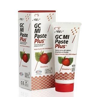 GC MI Paste - płynne szkliwo z fluorem, odżywka do intensywnej odbudowy szkliwa, smak truskawka